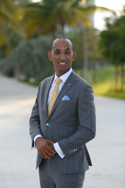 Alexander Tecle - Director of Wealth Management & Senior Wealth Advisor