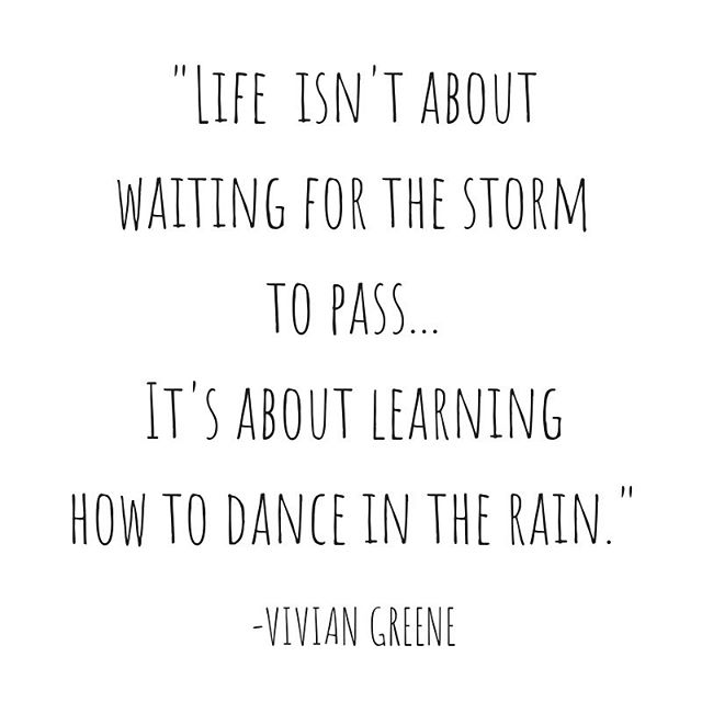The M Bag • Life isn't about waiting for the storm to pass...it's about learning to dance in the rain. -Vivian Greene. ☔️☔️☔️💃💃💃 • #dance #rain #storms #medicine  #joy #lifequotes #LessIsMore #space #minimalism #handbagorganizer #peacewithin #handbags #peace #ease #zen #easemymind #beautywithin #energy #flow #positivevibes #fengshui #declutter #organizedlife #CarryLifeWell #TheMBag