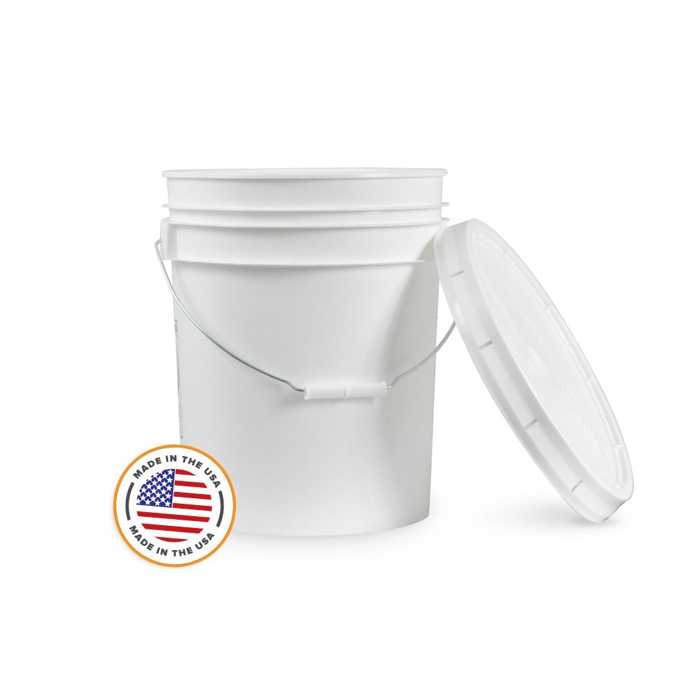 5 Gallon watering bucket