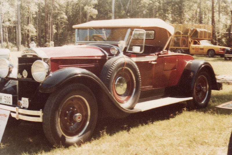 78-int-17-1929-Packard-Sports-Roadster.jpg