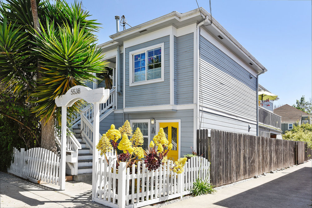SOLD | 5538 BEAUDRY STREET #A EMERYVILLE $605,000