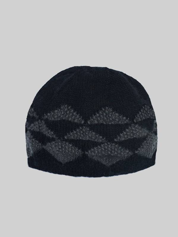 aw16_hatbeanie_black copy.JPG