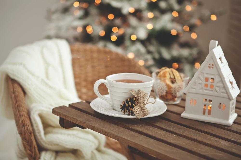 christmas-home-484872337-1000x667.jpg