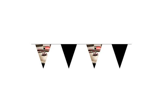 Azur-Impression-affichage-de-rue-fanions-sur-corde-triangle-1.jpg