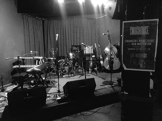 Pre-show hang at @obrienspubboston with @snughouseband and @strangersbyaccident. Come through for some #songwriter #rock and stay warm. #boston #bostonmusic