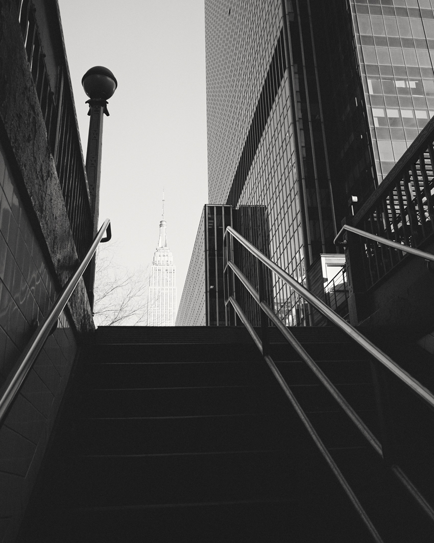 View to the Empire State Building, New York City, USA 2015 - Limited Edition Gelatin Silver Print No.: 11837
