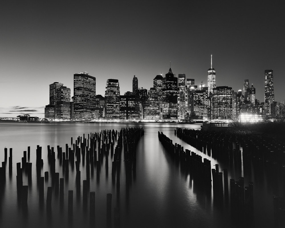 "Manhattan Skyline #1, New York City 2016 - Limited Edition Gelatin Silver Print No.: 11791  40 x 50cm (15.8 x 19.7"") ,  Edition of 8 60 x 75cm (23.6 x 29.5"") ,  Edition of 7 80 x 100cm (31.5 x 39.4"") ,  Edition of 5 100 x 125cm (39.4 x 49.2"") ,  Edition of 5 120 x 150cm (47.2 x 59.1"") ,  Edition of 5"