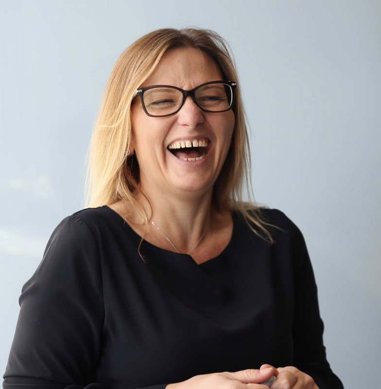 Kerry nickols - Project manager, deutsche bank