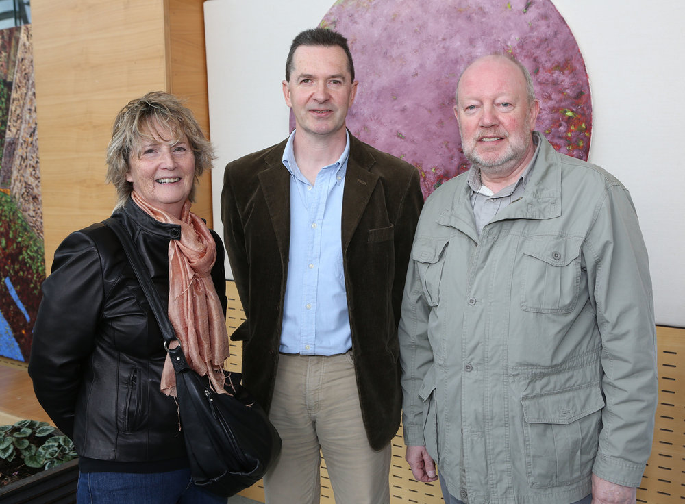Ursula and Sam Walsh, Clonlara with Maurice Quillinan (centre)   Photo: Liam Burke/Press 22
