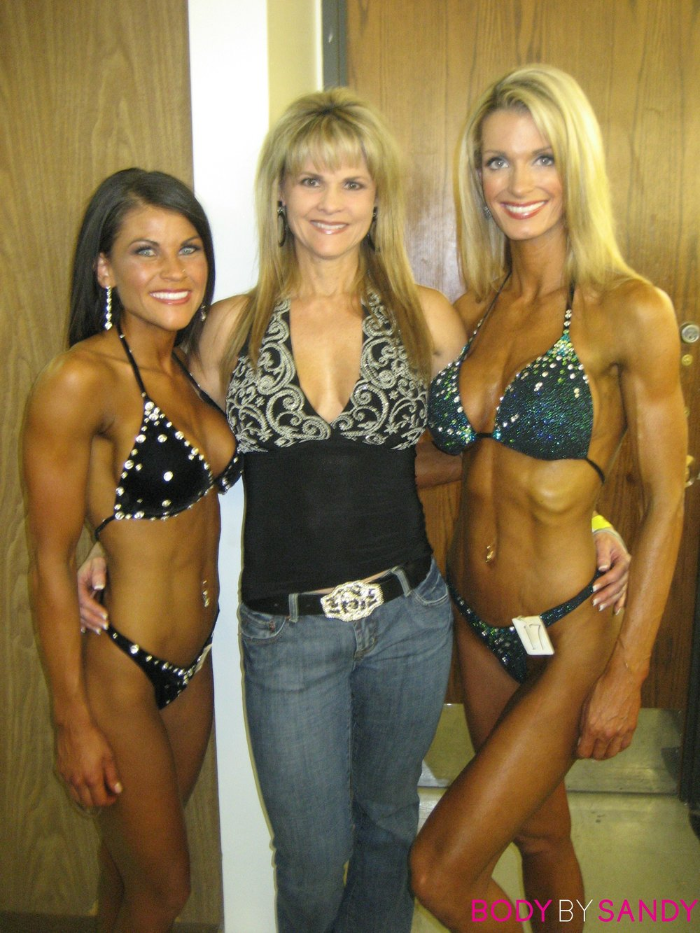 2007 NPC Utah Classic-Tiara, Liz and Me backstage2.jpg