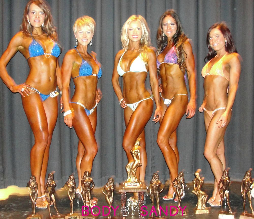 2012 NPC Utah Procore Sports-backstage-the girls with trophies.JPG