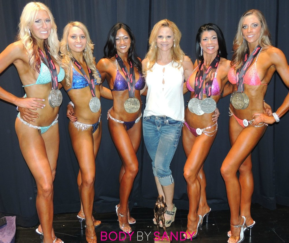 2013 NGA Utah Natural-me with the girls.JPG