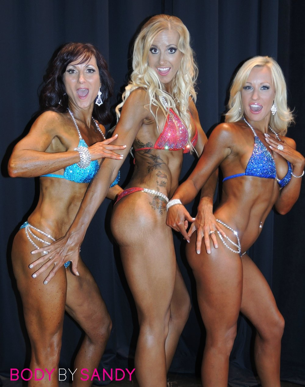 2015 NPC Warrior Classic-The girls backstage3.jpg