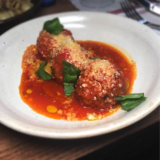 Craving some comfort food at the end of this week? Look no further than these beef, pork and ricotta meatballs.- #yummy #fresh #nyc #newyorkcity #meatbals #BSE #foodie #eeeeeats #digin #eater