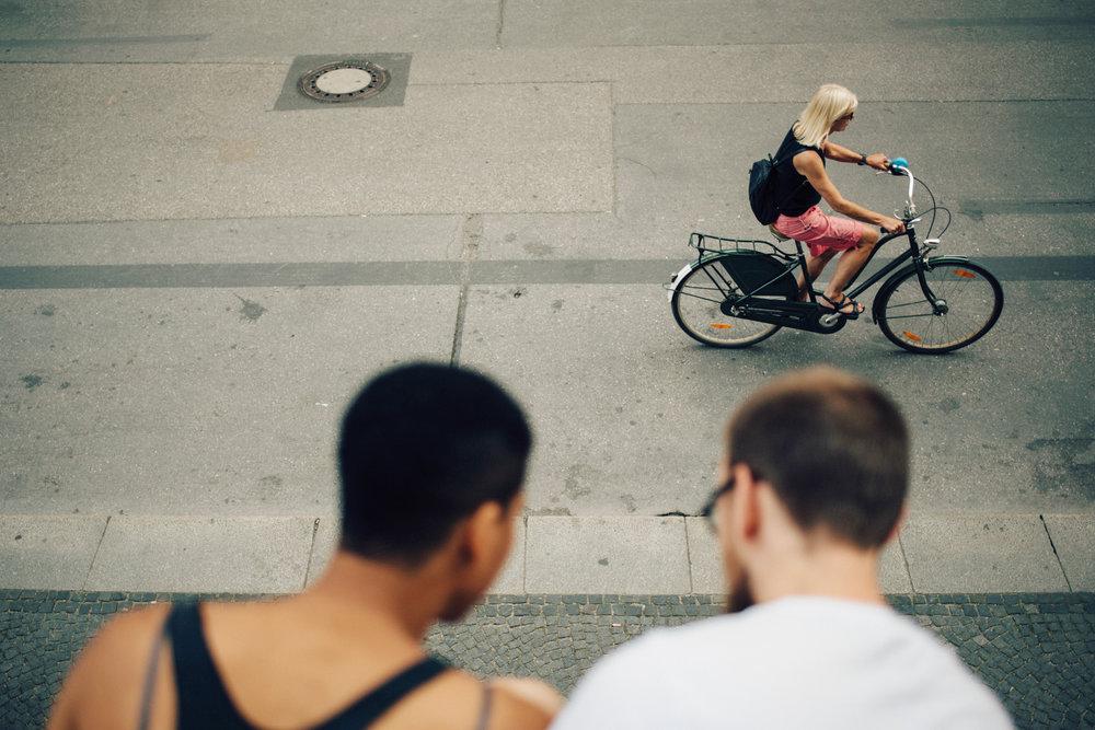 paarshooting in münchen odeonsplatz innenstadt altstadt fotograf paare fotografie paarfotos