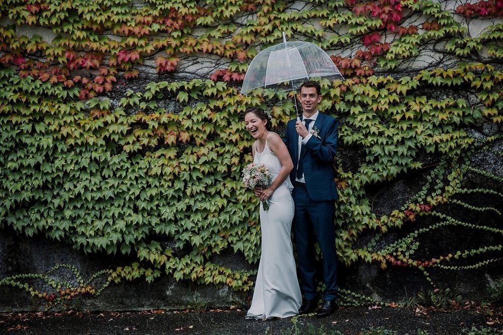 standesamtliche regen hochzeit trauung wasserburg am inn bayern deutschland rainy civil wedding bavaria standesamt brazilian photographer germany hochzeitsfotograf hochzeitsfotos