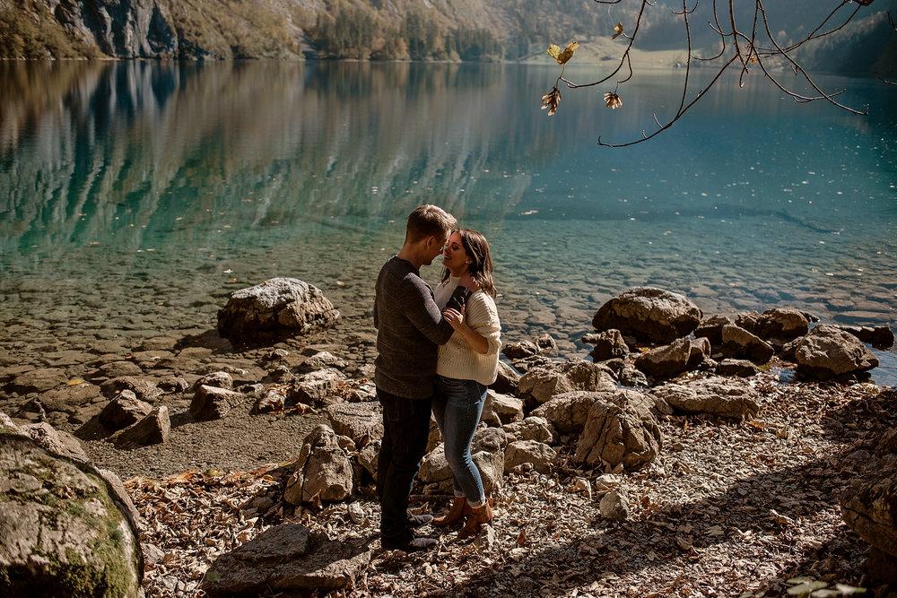 obersee bayern königsee münchen verlobungsshooting engagement photos session munich photographer münchen elopement wedding germany bergsee paarshooting fotograf