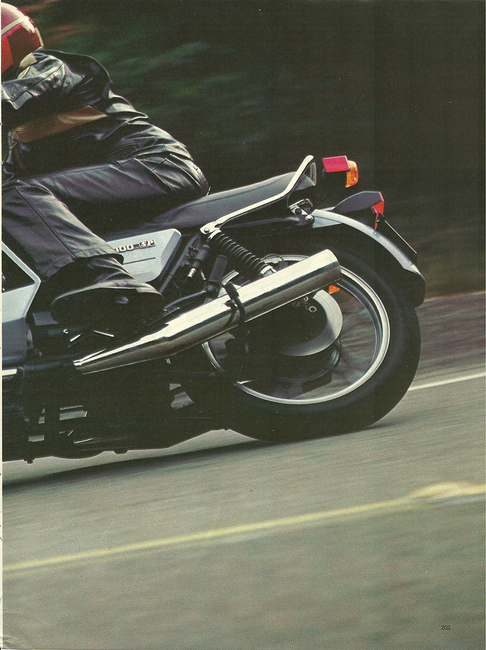 1979 Moto Guzzi 1000 SP road test 02.jpg