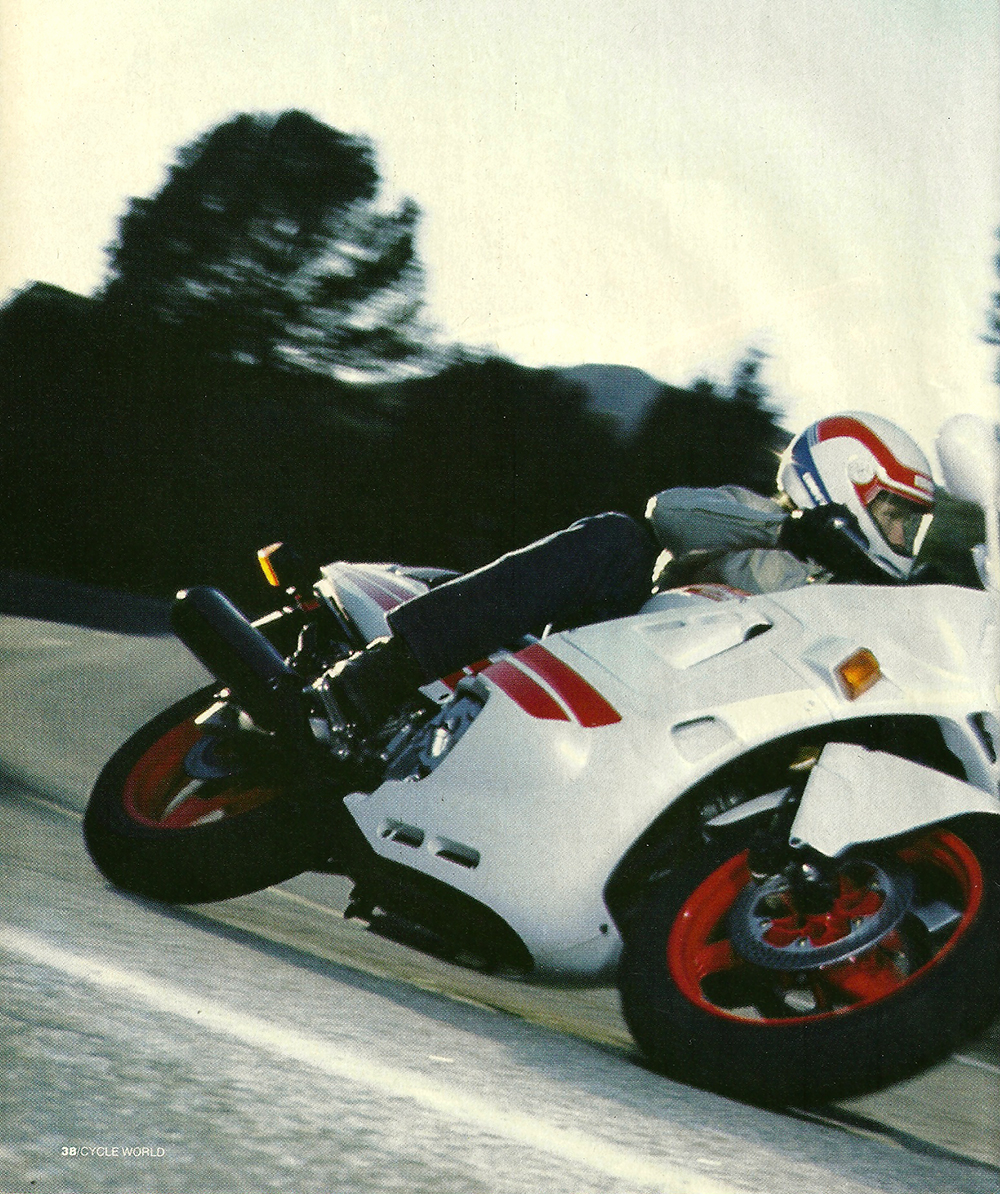 1987 Honda CBR600F Hurricane road test 01.jpg