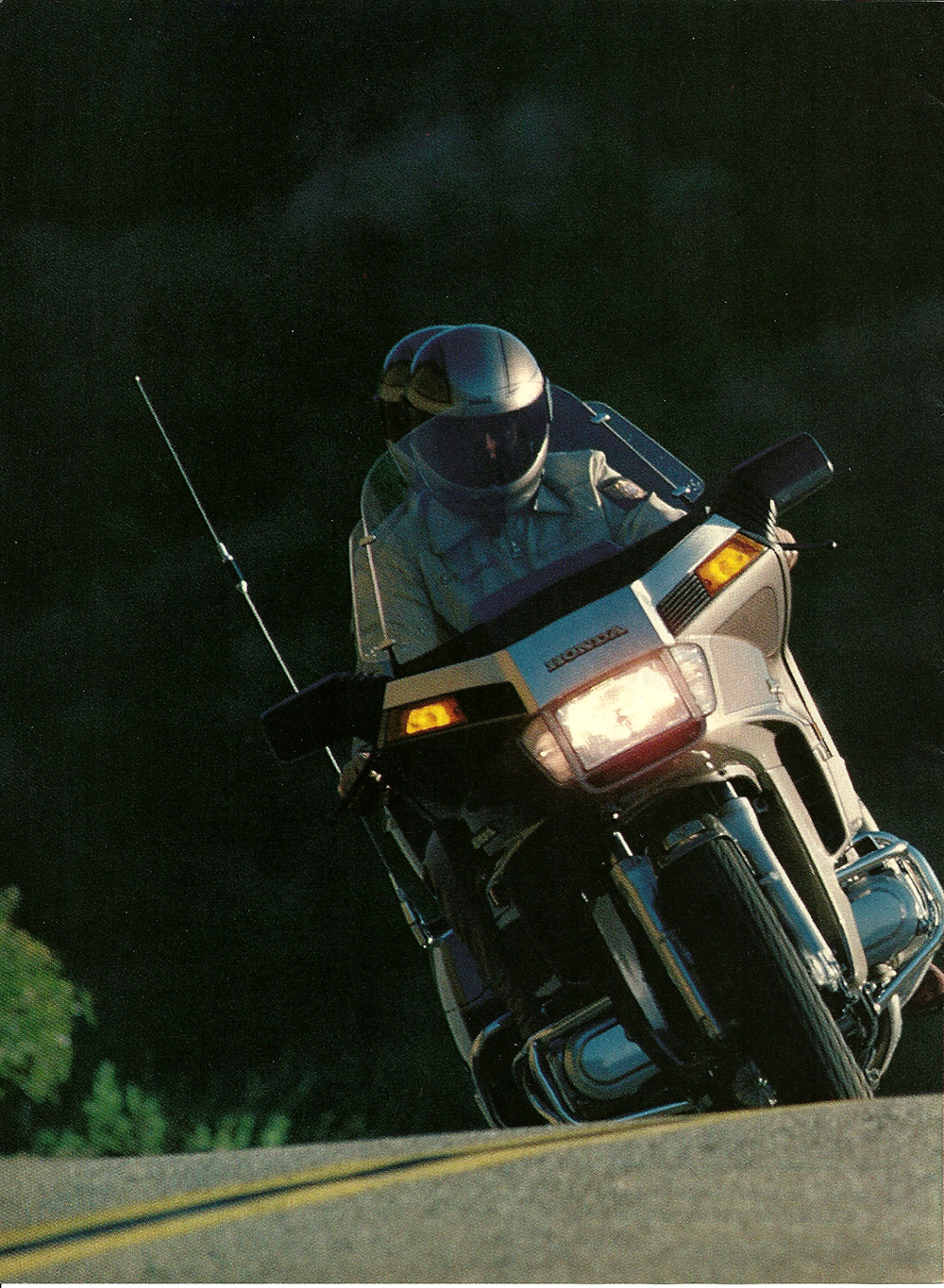 1984 Honda GL1200A Gold Wing Aspencade road test 1.jpg