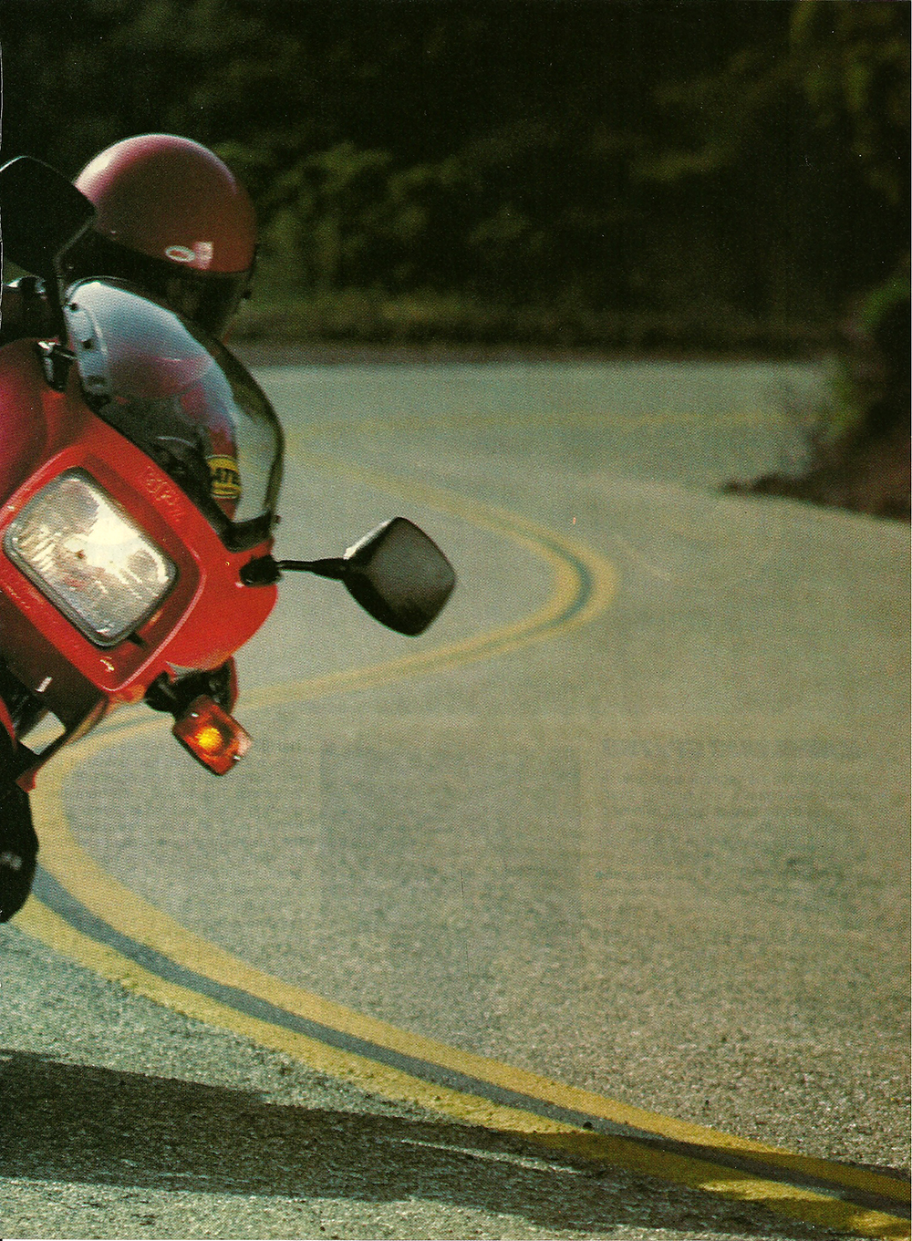 1983 Kawasaki GPz 750 road test 2.jpg