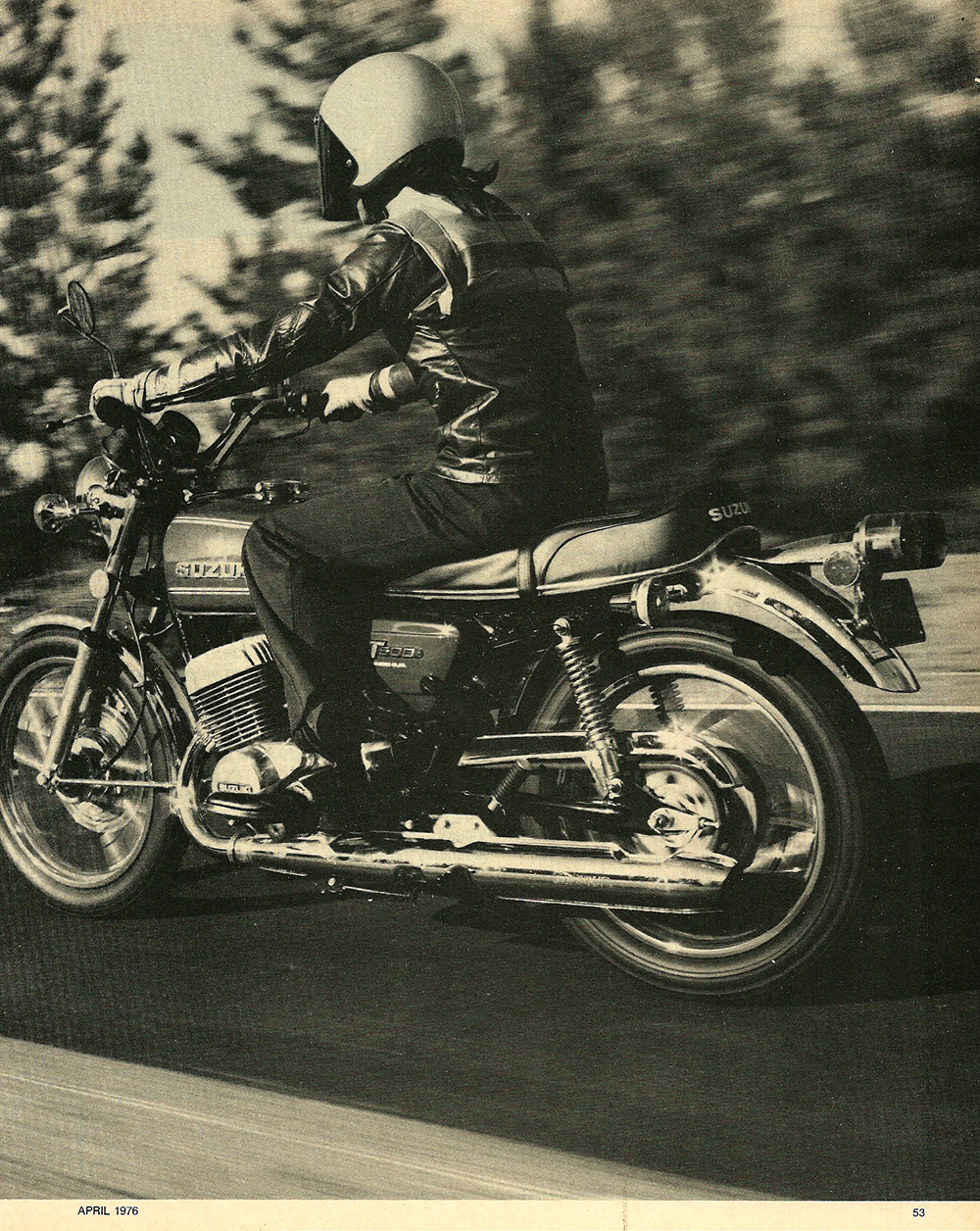 1976 Suzuki GT500 road test 2.jpg