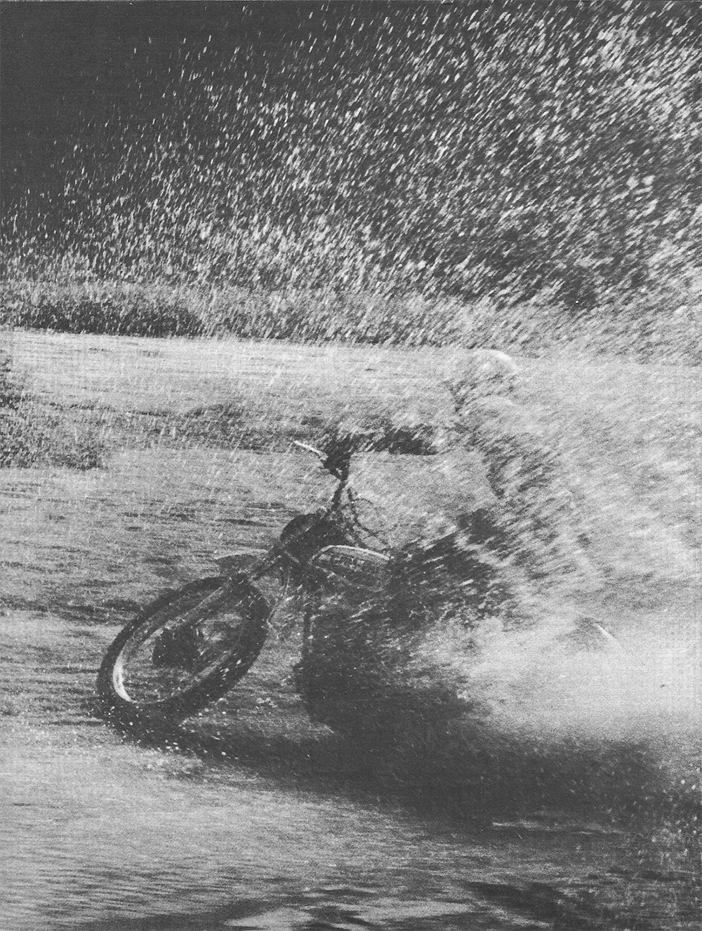1975 Can Am 175 MX2 road test 1.png