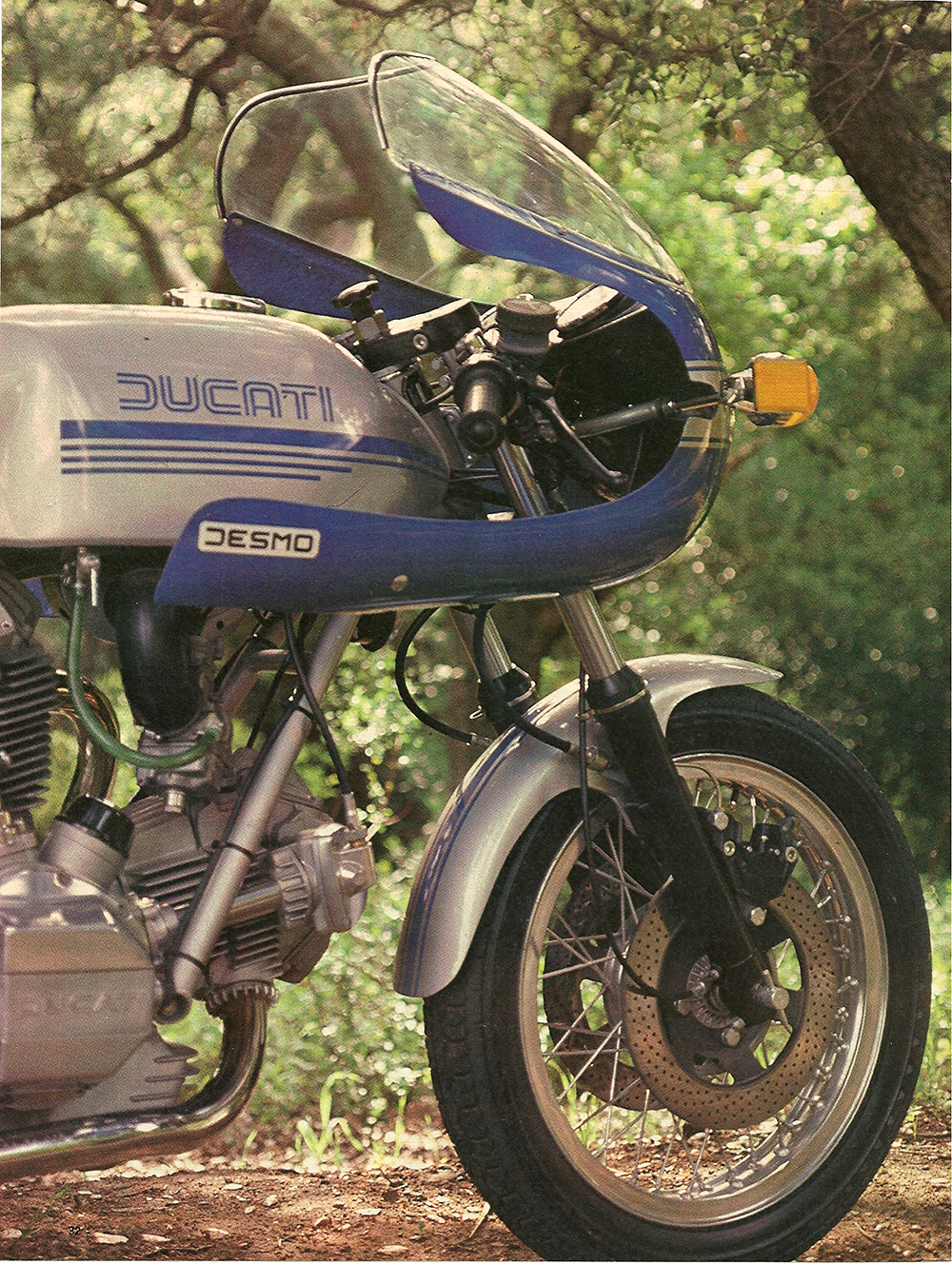 1978 Ducati Desmo 900 Super Sport road test 01.jpg