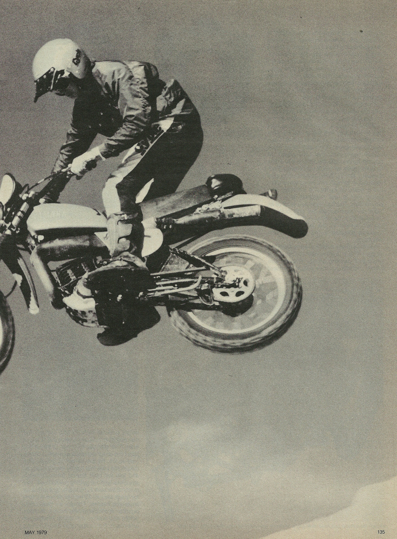 1979 Yamaha IT175F off road test 4.jpg