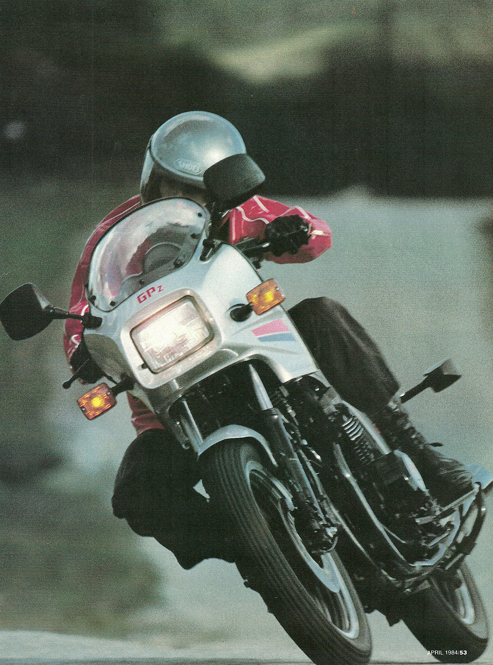 1984 Kawasaki GPz550 road test 02.jpg