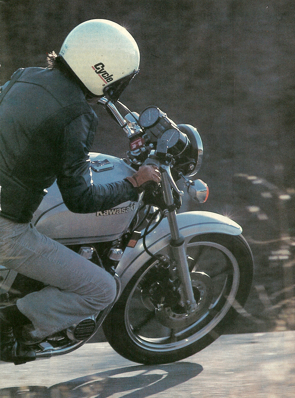 1982 Kawasaki kz750 road test 02.JPG