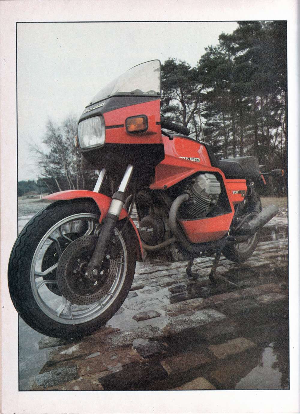 1979 Moto Guzzi 850 LeMans MkII road test 01.jpg