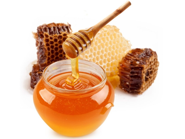 Romea adler beauty blogger home remedies honey.jpg