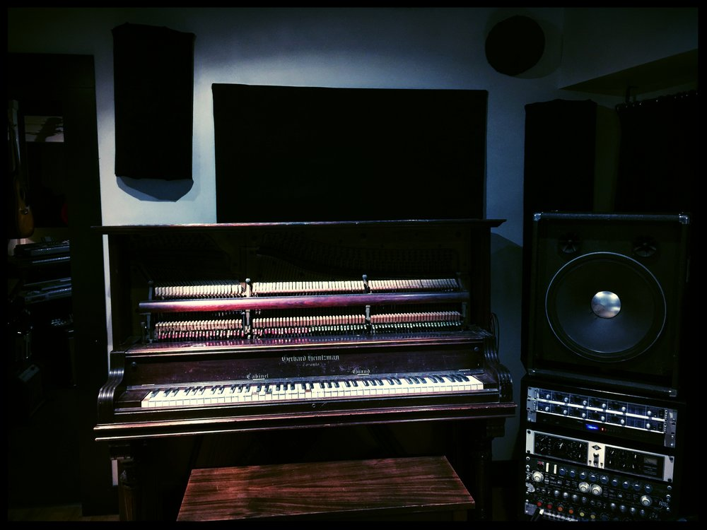 Control Room 2 (o).jpg