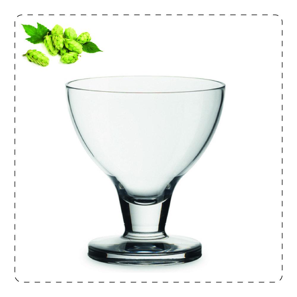 COPPA  La forma a coppa rende questo bicchiere adatto per le birre profumate e corpose come le strong ale belghe poiché ne riduce progressivamente la schiuma e ne esalta gli aromi.