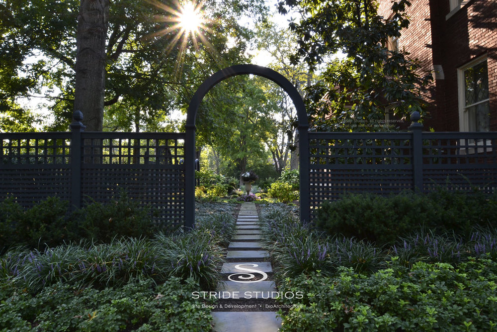 14-stride-studios-lattice-privacy-panels-arbor.jpg