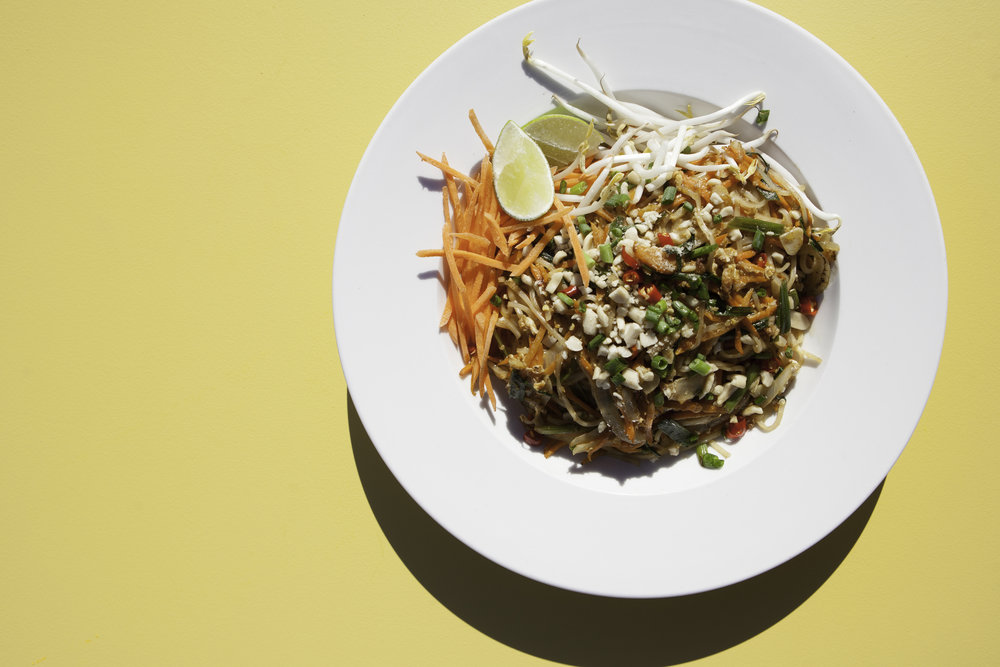 Pad Thai. Laura Mohn photography.