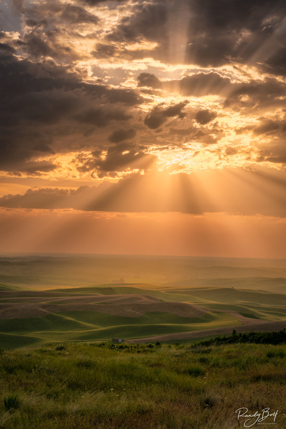 Palouse Light Rays.jpg