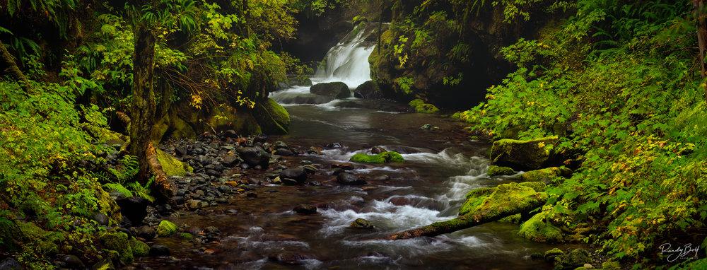 Waterfalls Pano.jpg