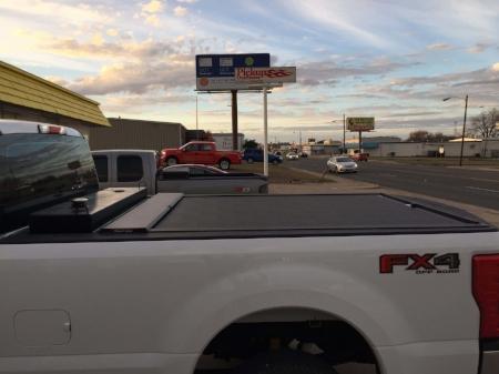 custom-installed-roll-n-lock-to-accomodate-tank_PickupOutfitters_Waco.jpg