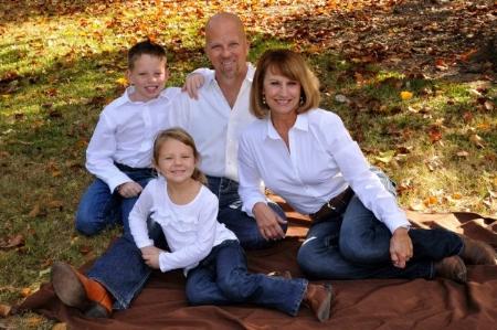 family-photo-623x414.jpg