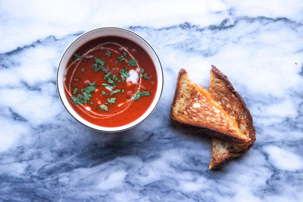Whole30 Roasted Tomato Soup | All the Healthy Things.jpg