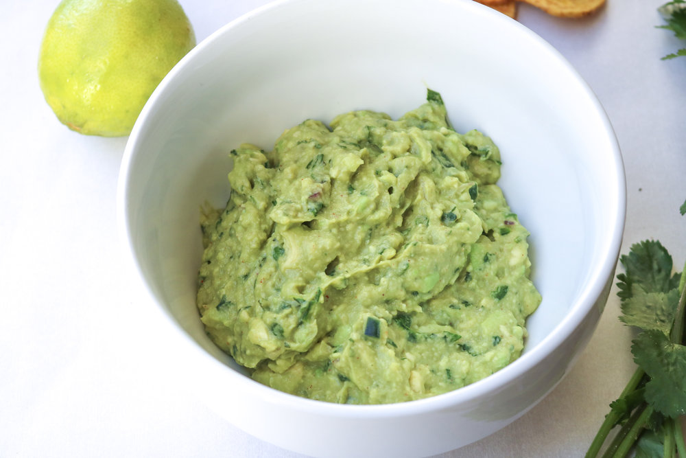 Easy Game Day Guacamole