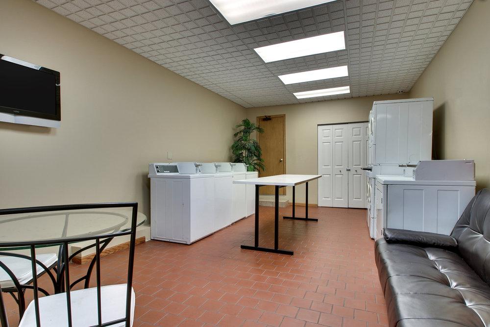 Laundry Room 01.jpg