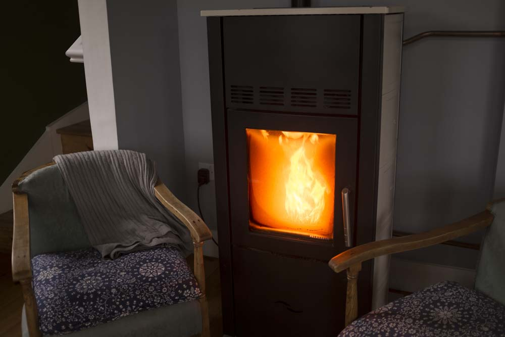 Ard Nahoo eco-cabin wood-pellet stove