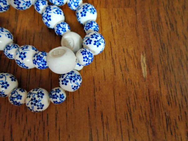 how to make a diffuser bracelet