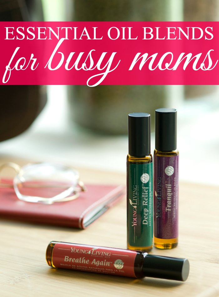 Need a few essential oil blends for life's everyday moments? Check out this list of 10 essential oil blends for busy moms (and kids too!).