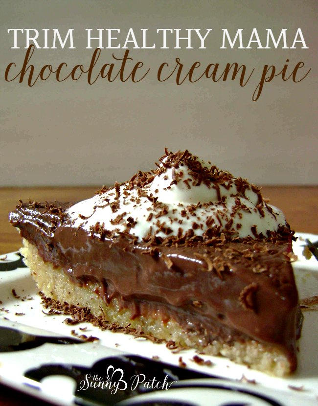 This easy No Bake Chocolate Cream Pie is a treat for Trim Healthy Mama fans, low-carb and sugar free plans. It's an easy no bake recipe!