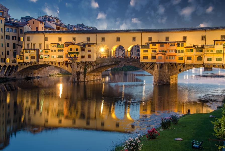 ITALY-DEVIDE-Fierenze.jpg