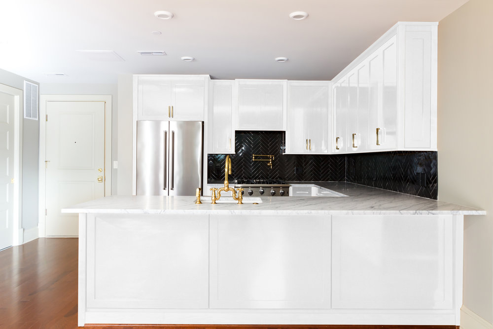 Unit 2 5 8_White Kitchen_View2.jpg